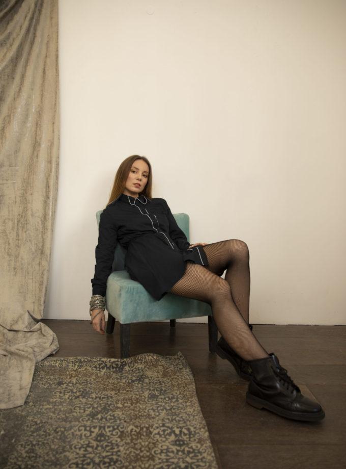 Robe Avika noire en coton biologique vegan