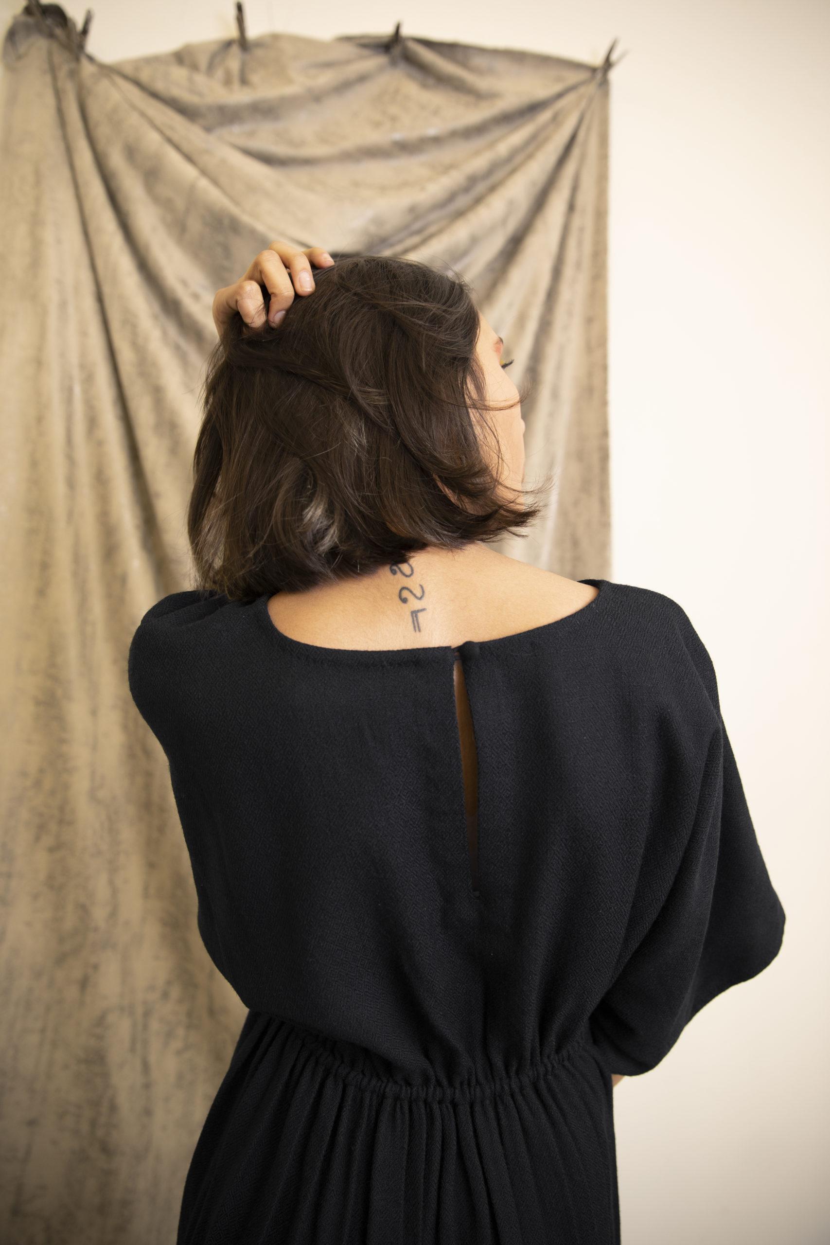 Robe Lally en fibre de soja détails noire vegan